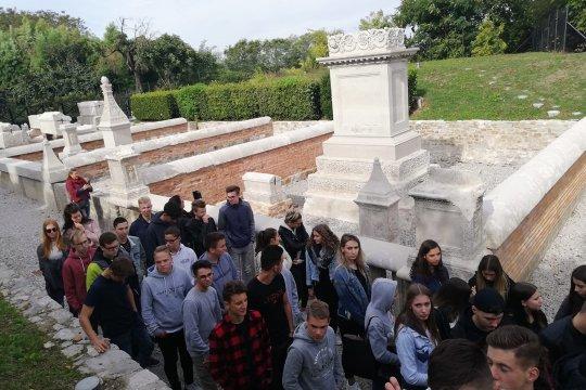 Geschichte hautnah erleben - Exkursion nach Aquileia & Grado | 3AK und 3BK
